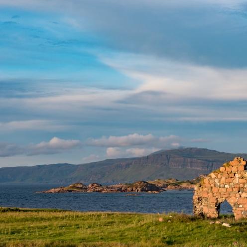 Evening sun on Mull and Iona ruin