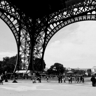 Eiffel Tower - concourse