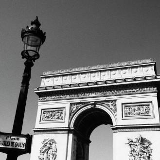 Arc de Triomphe, black and white