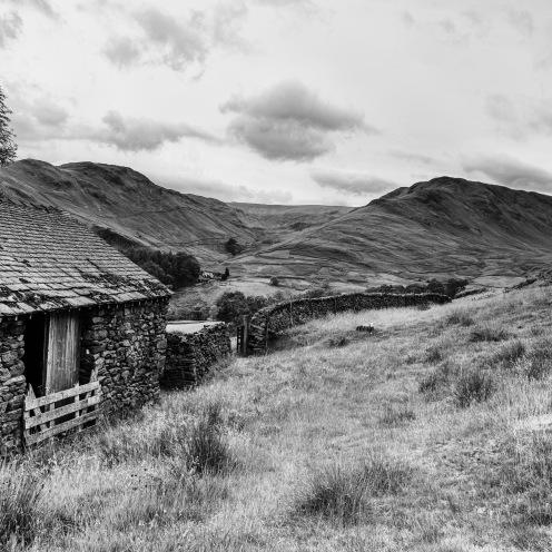 Barn and lakeland hills