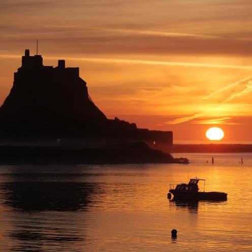 Lindisfarne castle, morning sunrise